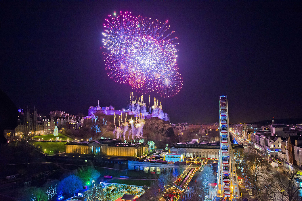 Video & Photos of Edinburgh's Hogmanay New Years Eve Celebrations 2016