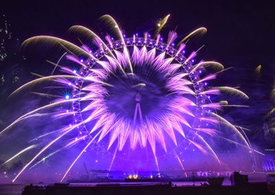 london-new-years-eve-fireworks-titanium-1