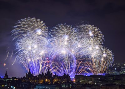 London_New_Year_Fireworks_2017_Titanium4